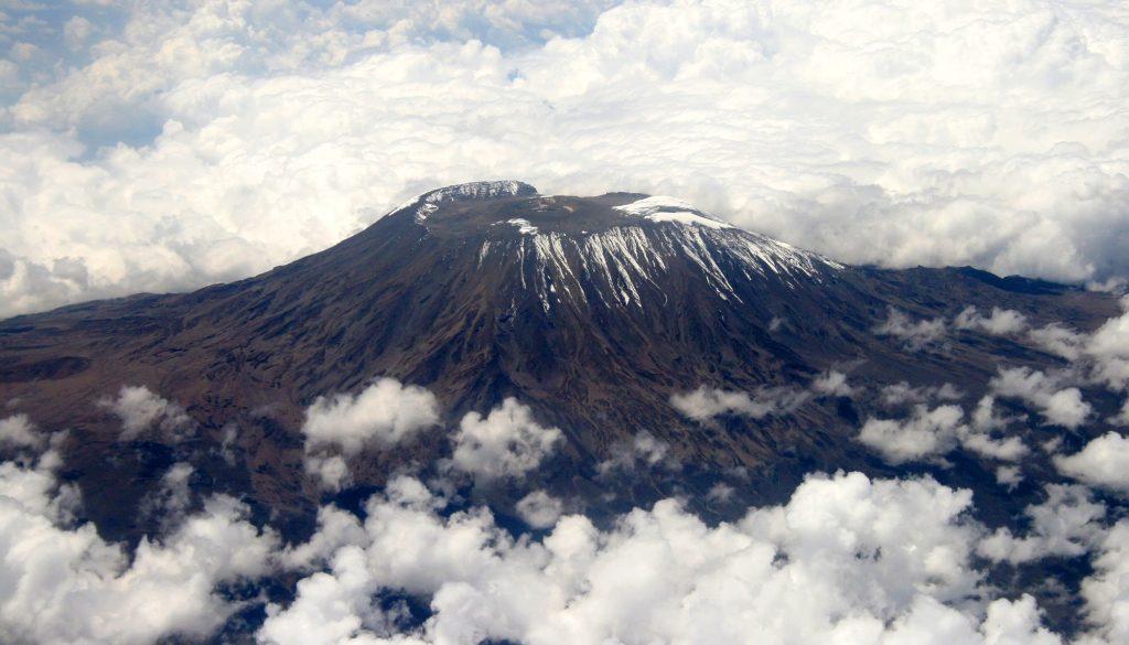 mount_kilimanjaro_gfdl-1-2-muhammad-mahdi-karim